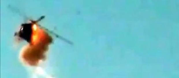Los rebeldes sirios consiguen derribar un helicóptero del ejército ... - teinteresa.es