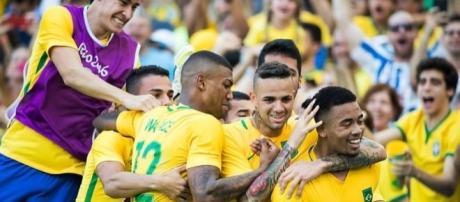 O Brasil pode ganhar a sua primeira medalha de ouro no futebol olímpico, neste sábado.