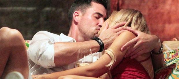 Josh Murray's Moaning While Kissing Amanda Will Disturb You - Us ... - usmagazine.com