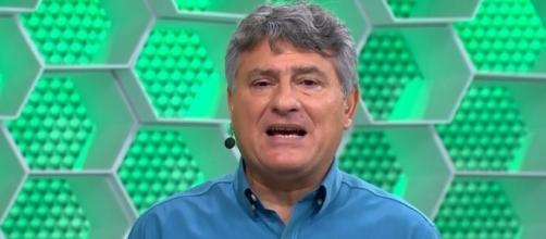 Cléber Machado se atrapalhou em narração