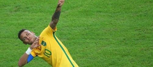 """Inspirado no raio """"Bolt"""", Neymar lidera a conquista do inédito ouro olímpico no futebol (Foto: Murad Sezer/REUTERS)"""