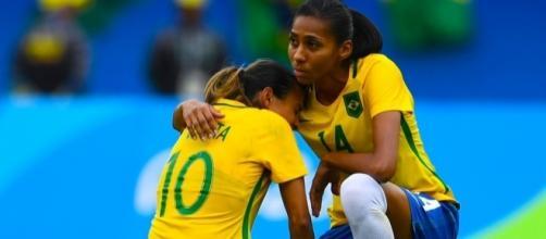 Jogadoras choraram a derrota nessa semana (Foto: Reprodução)