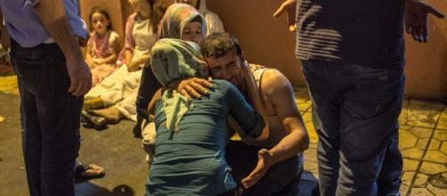Turchia, attacco suicida al banchetto di nozze
