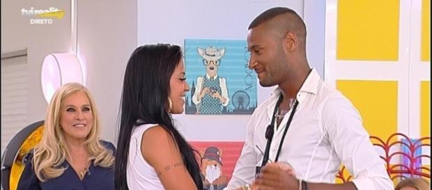 Marco pediu Kelly em namoro no decorrer da penúltima gala