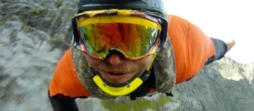Basejumper muore dopo lancio a Chamonix