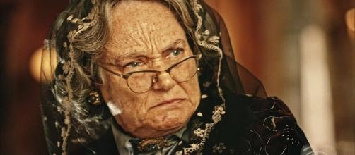 Encarnação morrerá em 'Velho Chico', mas antes cumprirá uma promessa.