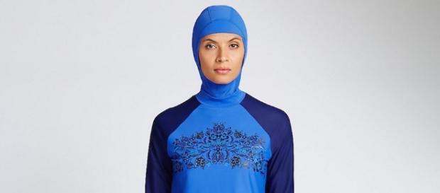 Burkini cosa c sotto il costume da bagno della polemica - Il costume da bagno ...
