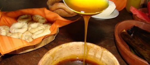 Para garantir as propriedades nutricionais, consumo diário de melado é de uma colher de sopa