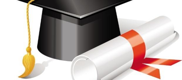 A educação é a chave para conquistar o futuro.