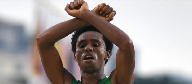 Atleta pode ser morto e campanha tenta ajudar com asilo político