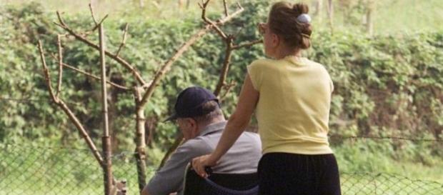 Badanta unui bătrân italian a denunțat-o pe fiica acestuia la Poliție