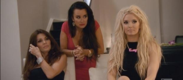 RHOBH Ssn 6/Ep 11 - Please Welcome Erika Jayne! — THAT HOUSEWIVES GUY - thathousewivesguy.com