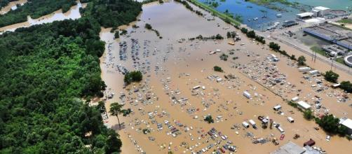 Aerial view of flooding in Baton Rouge, LA. USDA, Wikimedia Commons
