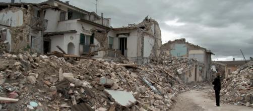 L'Aquila devastata dal violento sisma del 2009