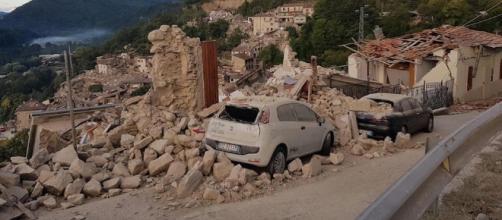 Pescara del Tronto (Ascoli Piceno) devastata dal terremoto (ph. ANSA)
