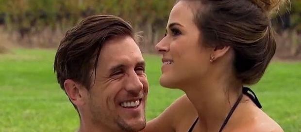 Bachelorette Recap: JoJo Fletcher Makes Final Cuts Before ... - people.com