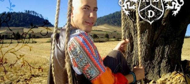 Christian Chavez foi salvo de suicídio por Anahí
