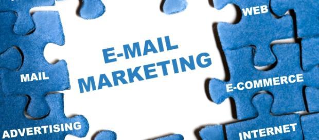 Email Marketing lograr que tu página web, tu e-commerce sean reconocidas simplemente al observar el diseño del logo o el nombre de tu marca.
