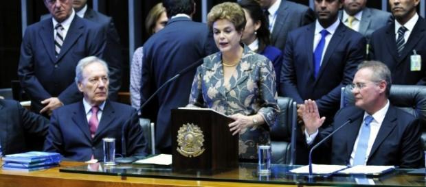 Lewandowski (esq.) comandará julgamento de Dilma (centro) no Senado, presidido por Calheiros (dir.) (Foto: Lucio Bernardo Jr./Câmara dos Deputados)