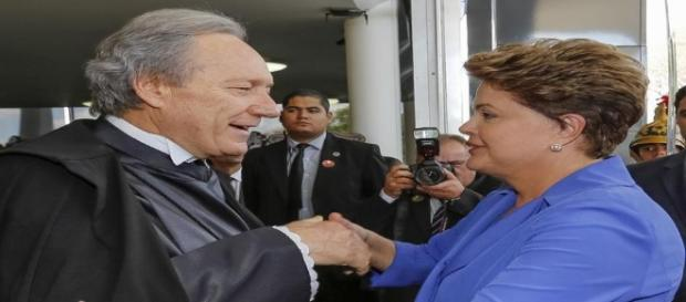 Lewandowski rejeitou recurso da defesa de Dilma