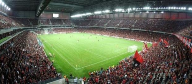 Três campeões olímpicos com a Seleção Brasileira estarão em campo na Arena da Baixada.