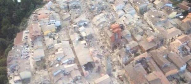 Un terremoto de 6,2 grados sacude el centro de Italia