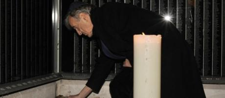 Holocaust survivor, Nobel Peace Prize winner Elie Wiesel dies at ... - nola.com