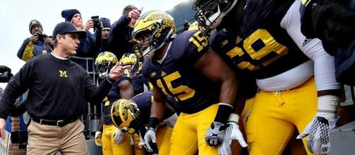 Michigan Wolverines Preview 2016 - Photo complements of College Football News - collegefootballnews.com