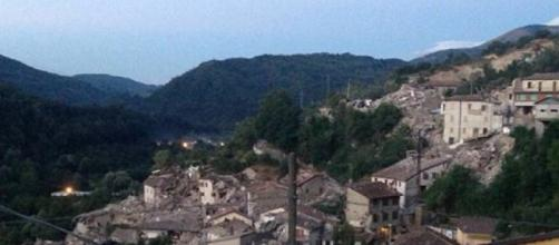 Sciacalli a Pescara del Tronto