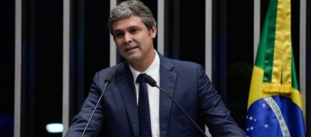 Lindbergh defende Dilma Rousseff (Foto: Jefferson Rudy/Agência Senado)