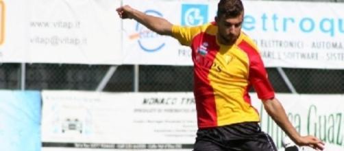 Andrea Scicchitano, centrocampista del Crotone.