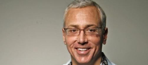 Dr. Drew Pinsky show over on HLN, was Hillary health news at the core? Photo: Blasting News Library: - breitbart.com