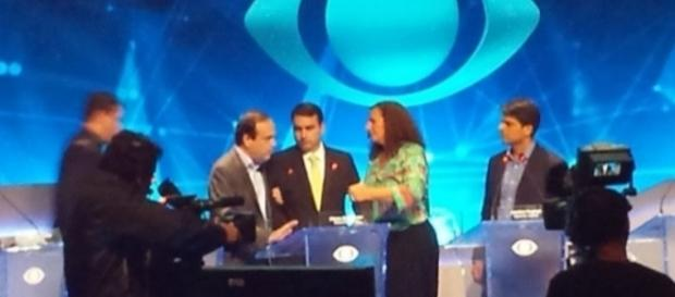 Bolsonaro passa mal e abandona debate