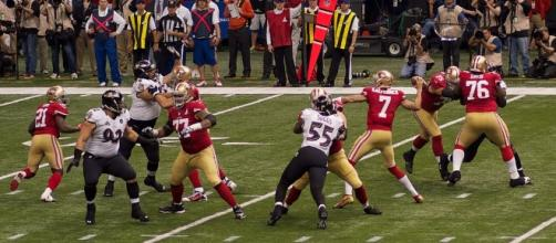 Colin Kaepernick (#7) stars for the 49ers in Super Bowl XLVII. Photo c/o Wikimedia Commons.