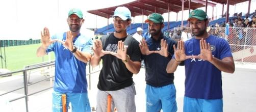 Dhoni and team gear up for the US tour (Panasiabiz.com)