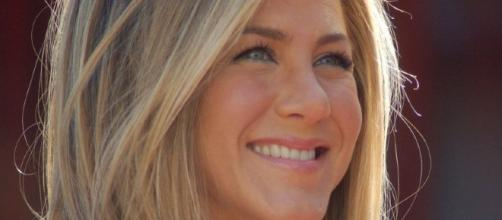 Jennifer Aniston at a ceremony to receive a star on the Hollywood Walk of Fame./ Photo via Angela George, Wikimedia Commons