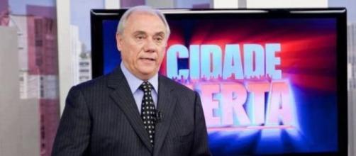 Marcelo Rezende revela que está muito tempo sem 'namorar'