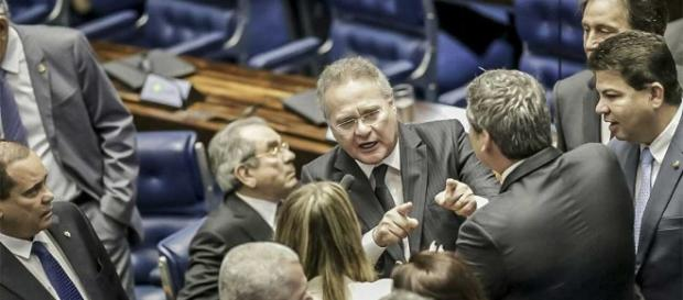 Renan e Gleisi se estranharam no Senado