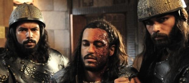 Tobias, desfigurado após captura pelos soldados de Jericó em A Terra Prometida