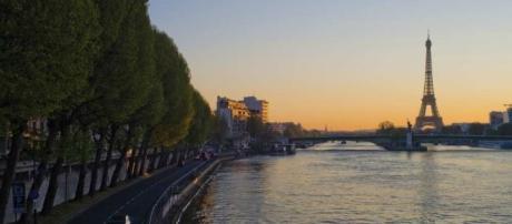 JO-2024 : la mairie de Paris veut créer des zones de baignade dans ... - lesechos.fr