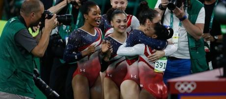 Laurie Hernandez, center, will compete as a celebrity contestant on 'DWTS', per ET. Agência Brasil Fotografias/Wikimedia Commons