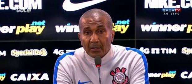 Ponte Preta 2 x 0 Corinthians. Torcida volta a criticar Cristóvão Borges