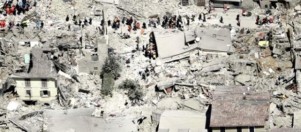 Prăpăd: Oameni și sate distruse în Italia