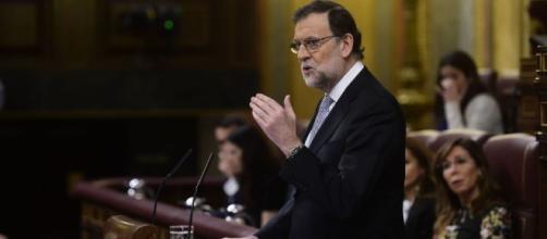 Rajoy durante el debate de investidura