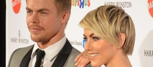 Siblings Derek and Julianne Hough will both appear on 'DWTS' season 23, with Derek acting as a pro and Julianne, a judge. Mingle Media TV/Wikimedia