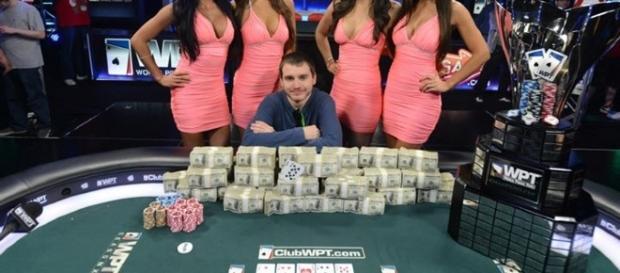 Polak Wygrywał w Pokera 5 Milionów na głównym festiwalu EPT Barcelona