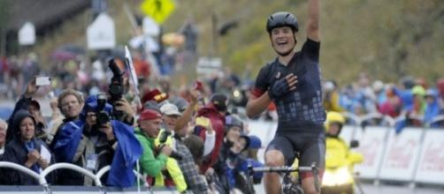 American Robin Carpenter winning a stage of the 2015 USA Pro Challenge.