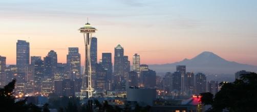 Seattle, Washington's Space Needle. Rattlhed, https://en.wikipedia.org/wiki/File:Space_Needle002.jpg