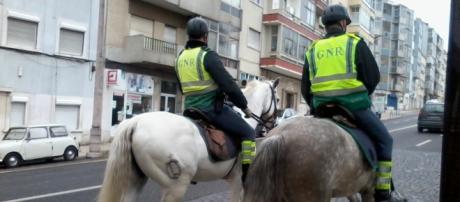 Patrulhamento a cavalo feito pela GNR