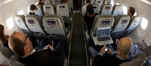 In-flight connectivity may soon become more reliable. Photo via creative commons Flickr.com